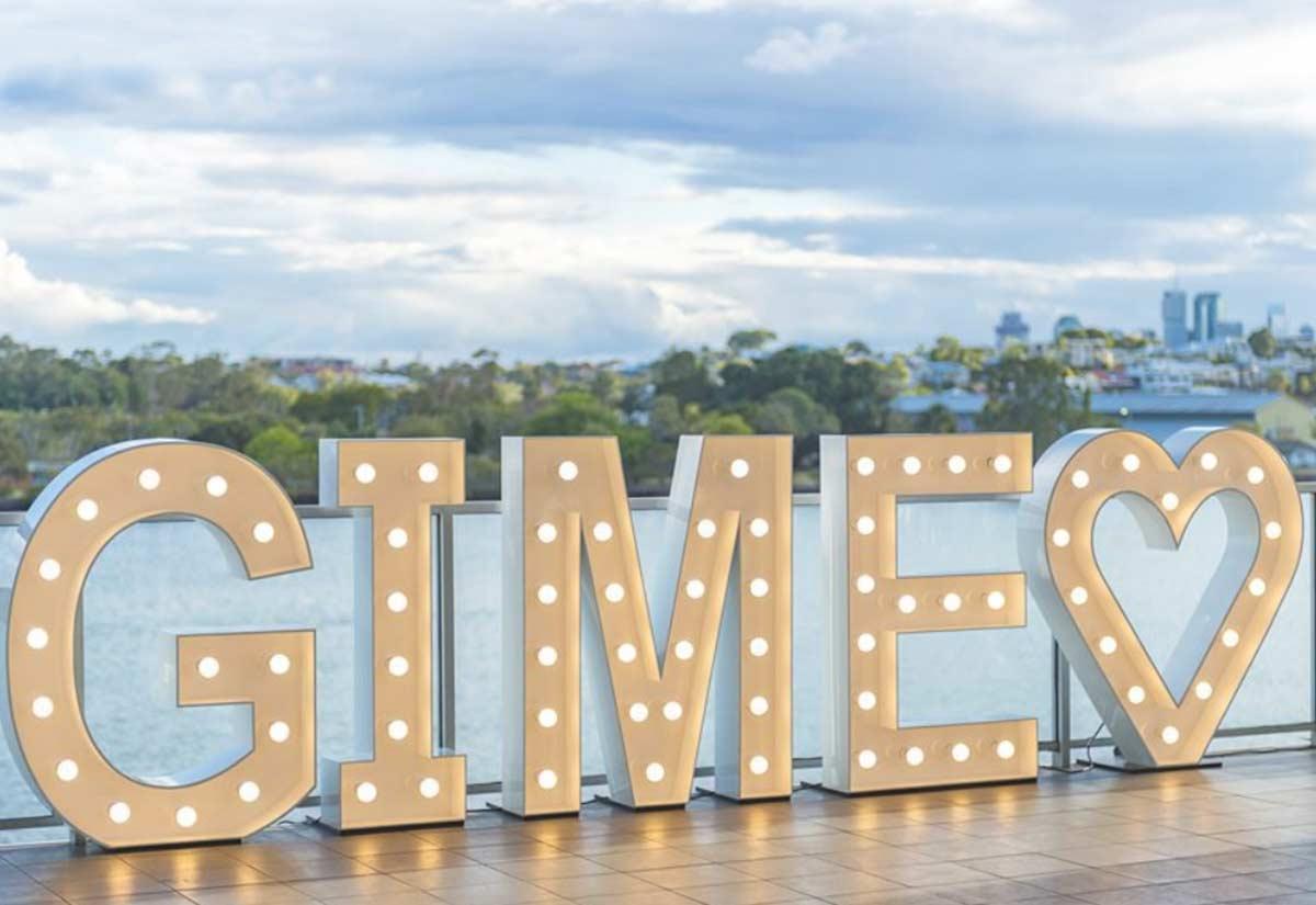 Light Up 'GIME loveheart'