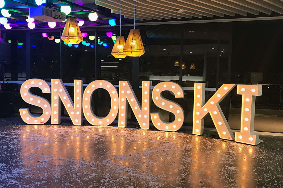 Light Up SNONSKI