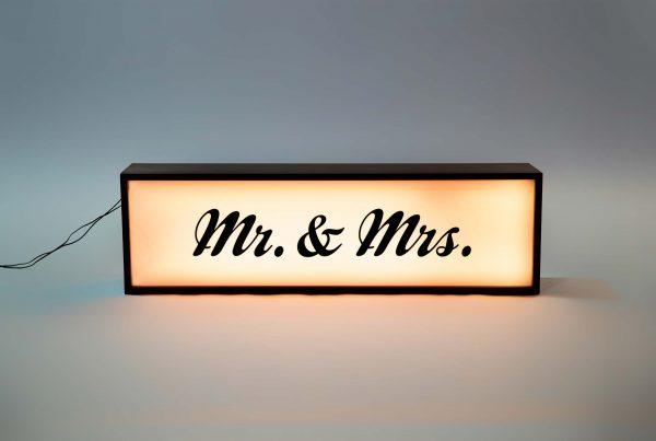 Mr & Mrs Light Box